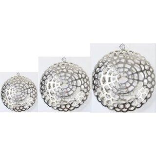 dekorativer Anhänger Metall silber glänzend bauchig mit geometrischem Muster