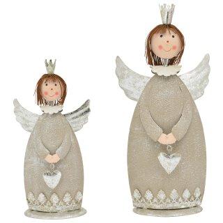 dekorativer stimmungsvoller putziger Deko-Engel Metall-Engel grau-silber mit Herzchen in 2 möglichen Größen