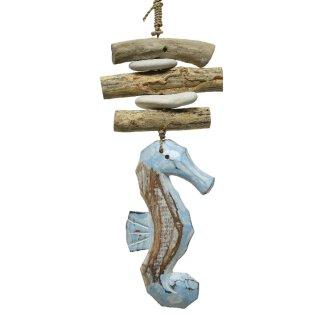dekorativer maritimer Dekoanhänger aus Holz Motiv Seepferdchen