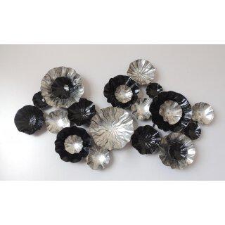 großes dekoratives modernes Wanddeko Objekt dreidimensional aus Metall schwarz-silber