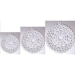 dekorativer Anhänger Metall weiß bauchig mit geometrischem Muster