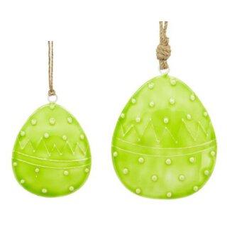 dekorativer frühlingshafter Anhänger Deko-Ei Oster-Ei als bauchige Silhouette Metall beidseitig emailliert in hellgrün