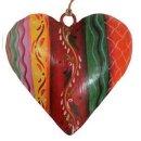 dekorativer Anhänger Herz bauchig Metall beidseitig von Hand bemalt