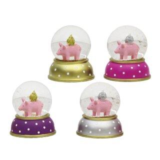 dekorative witzige Schneekugel Glücksschwein mit silbernen oder goldenen Glitzerflügeln